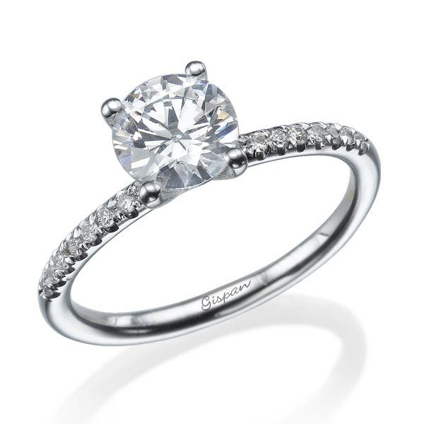 טבעת סוליטר דקה ועגולה זהב לבן 14 קראט עם יהלום מרכזי לפי בחירה גיספן תכשיטים