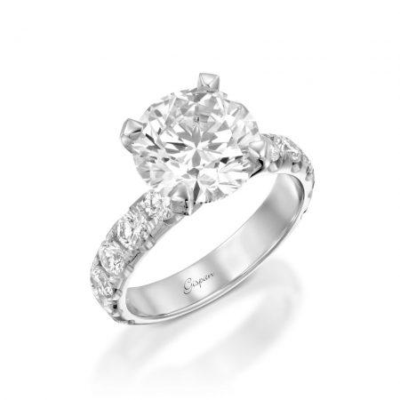 טבעת יהלום ענקית