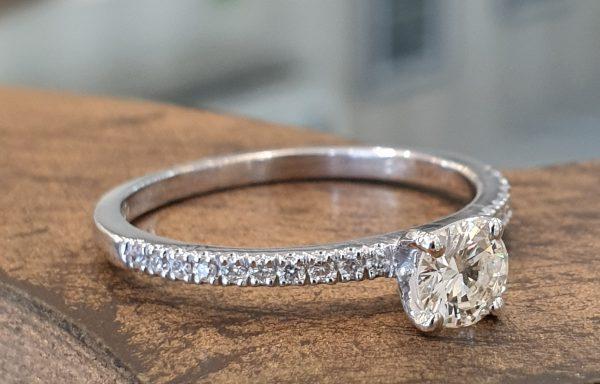 טבעת סוליטר יהלום מעבדה 0.45 D-VVS2